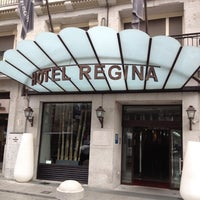 Photo taken at Hotel Regina by Jacob L. on 11/10/2011