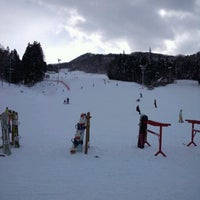12/30/2011にMasatoshi W.がYANABA snow&greenparkで撮った写真