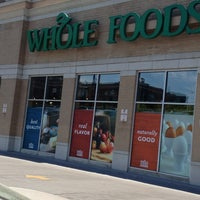 Photo prise au Whole Foods Market par Kenya J. le5/16/2013