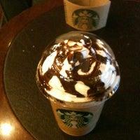 11/18/2012 tarihinde 💖ŞULEziyaretçi tarafından Starbucks'de çekilen fotoğraf