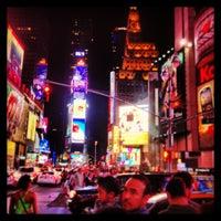 Das Foto wurde bei W New York - Times Square von Devin B. am 7/5/2013 aufgenommen