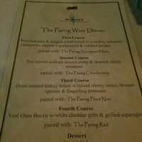 Foto scattata a Myron's Prime Steakhouse da Kevin M. il 11/23/2016