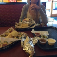 Photo taken at Moe's Southwest Grill by Chwis on 5/5/2014