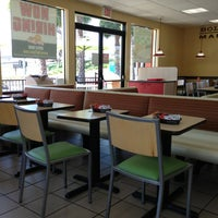 Photo taken at Del Taco by Y on 8/14/2013