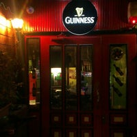 Photo taken at Belfast Irish Pub by Ufuk Evrim T. on 2/20/2013