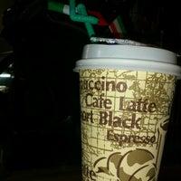Снимок сделан в Coffee пользователем Jokasso 2/28/2013