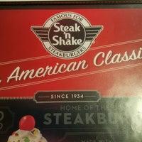 Photo taken at Steak 'n Shake by Phyllis on 6/15/2017