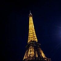 Foto tirada no(a) Restaurant 58 Tour Eiffel por Robyn M. em 10/1/2012