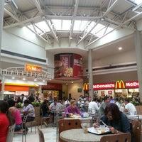 2/7/2013 tarihinde Valério M.ziyaretçi tarafından Shopping Grande Rio'de çekilen fotoğraf