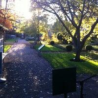 Photo prise au Chelsea Physic Garden par Liz D. le11/14/2012