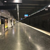 Photo taken at RER Neuilly — Porte Maillot [C] by Sham on 5/12/2018