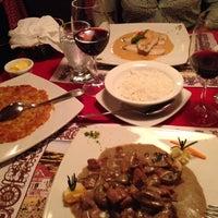 Foto tomada en Restaurant 1985 por Tony C. el 9/28/2013