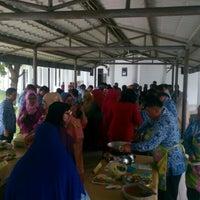 Photo taken at Gedung Serba Guna KanReg VI BKN by Dharma P. on 12/22/2015