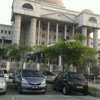 Photo taken at Kompleks Mahkamah Kuala Lumpur (Courts Complex) by farah n. on 12/15/2016