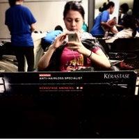 Photo taken at Kie kie salon by Sofihuang on 6/5/2014