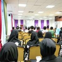 Photo taken at Bilik Seminar Fakulti Sains Kesihatan by Muhammad Syukri on 3/16/2016