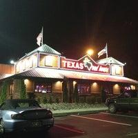 7/4/2013 tarihinde SRQ LUXURY SEDAN T.ziyaretçi tarafından Texas Roadhouse'de çekilen fotoğraf