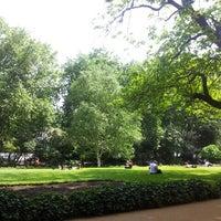 Photo prise au Whitehall Gardens par Orient S. le6/19/2013
