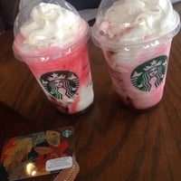 Photo taken at Starbucks by Argielyn G. on 10/31/2015