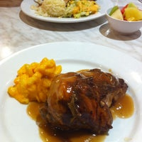 Photo taken at Kenny Rogers Roasters by May on 5/23/2013