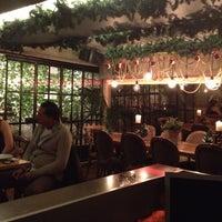 12/11/2012 tarihinde Gönül Gziyaretçi tarafından Salon Salomanje'de çekilen fotoğraf