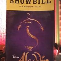 Photo prise au Aladdin @ New Amsterdam Theatre par Ruben M. le10/14/2017