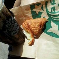 Photo taken at Starbucks by Jezzel J. on 4/13/2013