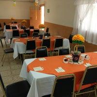 Foto tomada en Salón Comunal San Marino por pin_lopez el 5/19/2013
