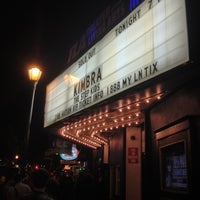 Foto tomada en Theatre of the Living Arts  por Sam P. el 10/21/2012
