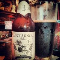 Foto tomada en Baker St. Pub & Grill por Tom P. el 6/13/2013