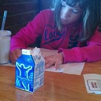 Photo taken at Applebee's Neighborhood Grill & Bar by Kelly S. on 10/6/2012