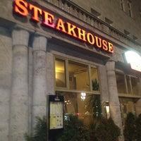 Das Foto wurde bei San Diego Steakhaus von Monalisa am 12/28/2012 aufgenommen