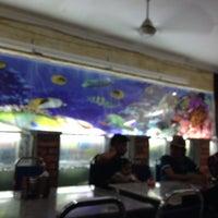 Photo taken at Sri Wangsa Seafood by Hafiz H. on 1/29/2016