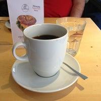 3/21/2013にСергей Б.がblueorange - coffee & bagelで撮った写真