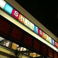 7/16/2013 tarihinde Gziyaretçi tarafından Shakespeare Coffee & Bistro'de çekilen fotoğraf