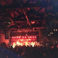 Photo prise au Brooklyn Bowl par Bobby A. le3/16/2013