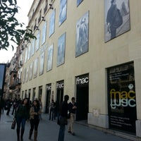 Photo taken at Fnac by Sarevok M. on 12/18/2012