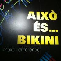 Das Foto wurde bei Bikini von Jorge A. am 9/29/2012 aufgenommen