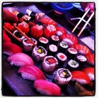 Foto tirada no(a) Ryuu Sushi Bar por Rafael em 4/9/2013
