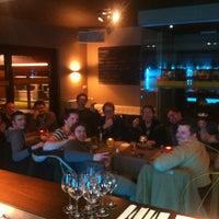 Photo prise au Noa Resto-Lounge-Bar par Wira L. le2/28/2013