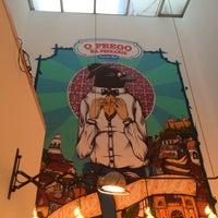 Photo taken at O Prego da Peixaria by Ricardo D. on 12/8/2013