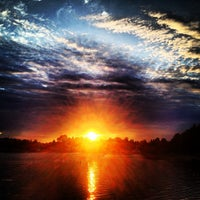 Снимок сделан в Среднее Суздальское озеро пользователем Анатолий 6/20/2013