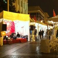 Foto tomada en Downtown Holiday Market por Kimberly A. el 12/20/2012