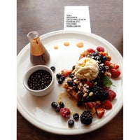 Photo taken at Max Brenner by Anastasia on 1/10/2015