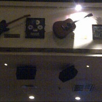 Photo taken at Hard Rock Cafe Jakarta by Noraini S. on 12/25/2012