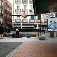 Foto tomada en Plaza de Chueca por Manu el 2/27/2013
