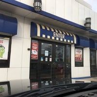Photo taken at White Castle by Rich S. on 11/17/2017