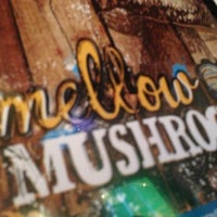 Photo taken at Mellow Mushroom Pizza Bakers by Ryan B. on 10/28/2012