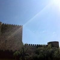 Foto tomada en Castillo De La Coracera por Mónica A. el 4/5/2013