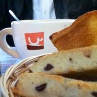 Foto tomada en Café Barra Café por Irma A. el 12/23/2012